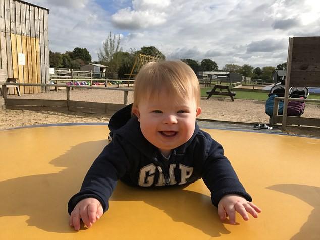 Được khuyên bỏ thai vì con mắc bệnh Down, mẹ kiên quyết từ chối và hạnh phúc nhận kết quả vài tháng sau đó - ảnh 8
