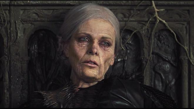 Hoàng hậu được mệnh danh là ác phụ độc dược, 3 đời chồng vẫn đẹp như đóa hồng Athens - Ảnh 9.