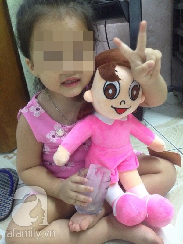 Bình Tân, TP.HCM: Bé gái 3 tuổi nghi bị bắt cóc nói có ông già dẫn đi mua kẹo - Ảnh 10.
