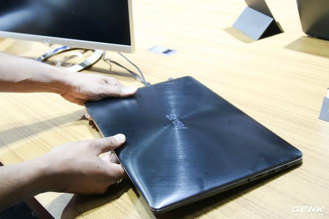 Trên tay loạt laptop mới ra mắt của Asus tại Computex 2017: ZenBook Flip S, ZenBook Pro, ZenBook 3 Deluxe, VivoBook Pro, VivoBook S - Ảnh 8.