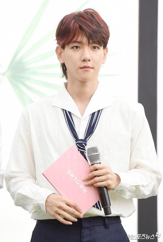 EXO trở lại: Có đẹp tựa hoàng tử giống fan xuýt xoa hay vừa sến vừa xuống sắc? - Ảnh 10.