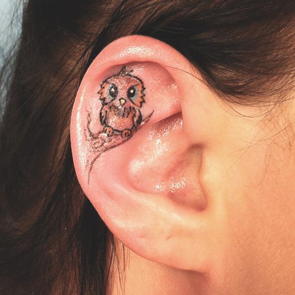 16 mẫu hình xăm nhỏ xinh trên tai dành cho các bạn gái - Ảnh 19.