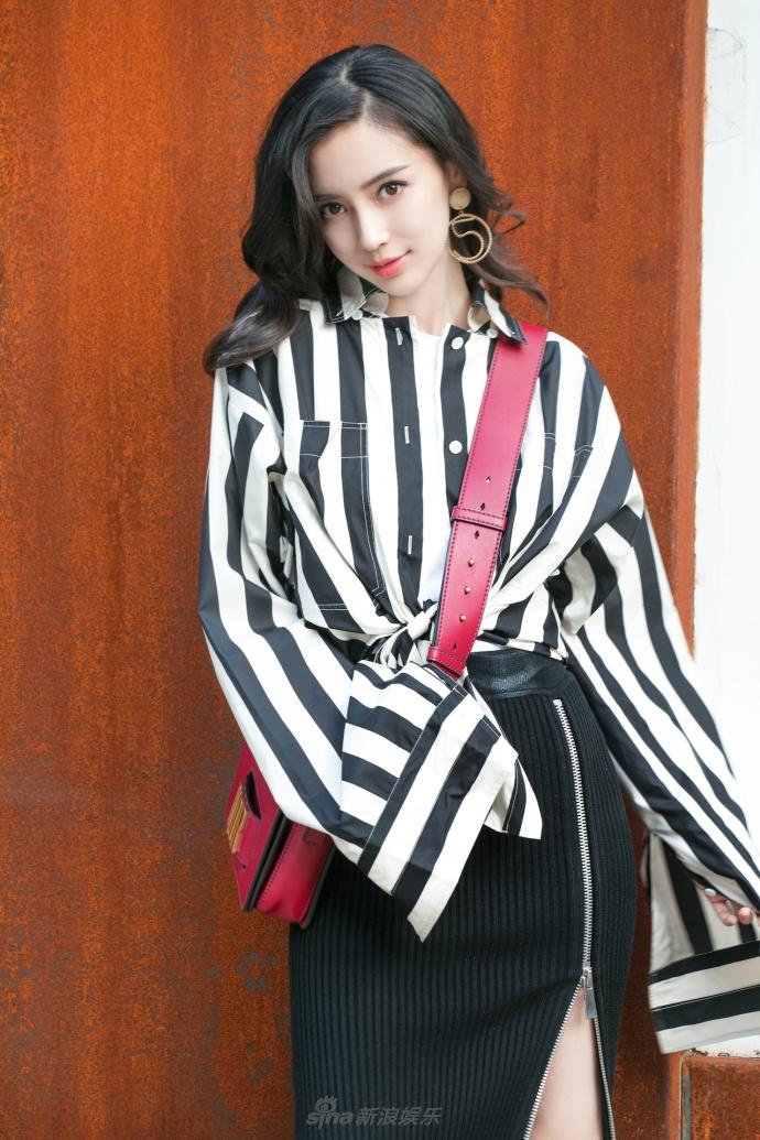 Sao Hoa ngữ: U30 mà đẹp nuột nà như Angela Baby thì ai cũng phải ước ao!
