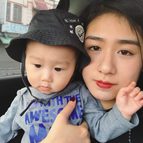 Không hoạt động showbiz, tại sao Trang Lou vẫn vượt mặt Châu Bùi, Sun HT trên Instagram? - Ảnh 34.