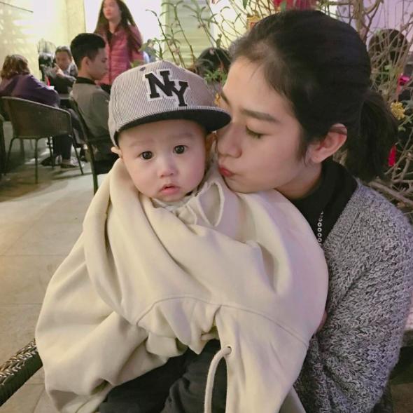 Không hoạt động showbiz, tại sao Trang Lou vẫn vượt mặt Châu Bùi, Sun HT trên Instagram? - Ảnh 36.