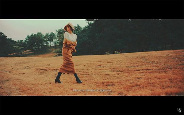 Em Không Là Duy Nhất – Bản ballad đánh dấu rõ rệt sự chuyển mình của Tóc Tiên - Ảnh 3.