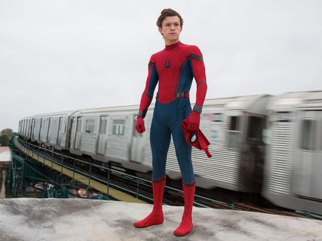 Bộ giáp của Spider-Man đã tiến hóa như thế nào hơn một thập kỷ? - Ảnh 5.