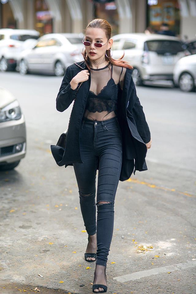 Lan Khuê diễn sâu trên phố Tokyo với áo dài, Selena Gomez tròn trịa vẫn thích mặc hở - Ảnh 9.