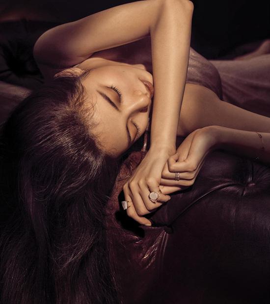 Mới đầu năm tình đầu quốc dân Suzy đã ngả ngốn khoe vẻ sexy - Ảnh 2.