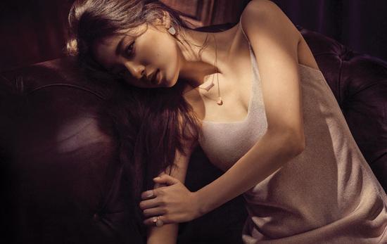 Mới đầu năm tình đầu quốc dân Suzy đã ngả ngốn khoe vẻ sexy - Ảnh 3.