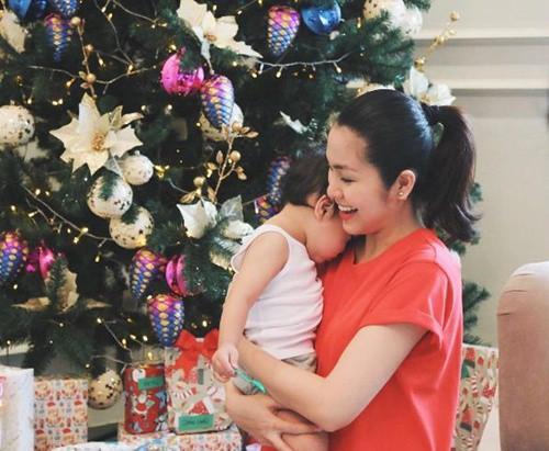 Tăng Thanh Hà và hội bạn tri kỷ tổ chức tiệc Giáng sinh sớm cho các con - Ảnh 6.