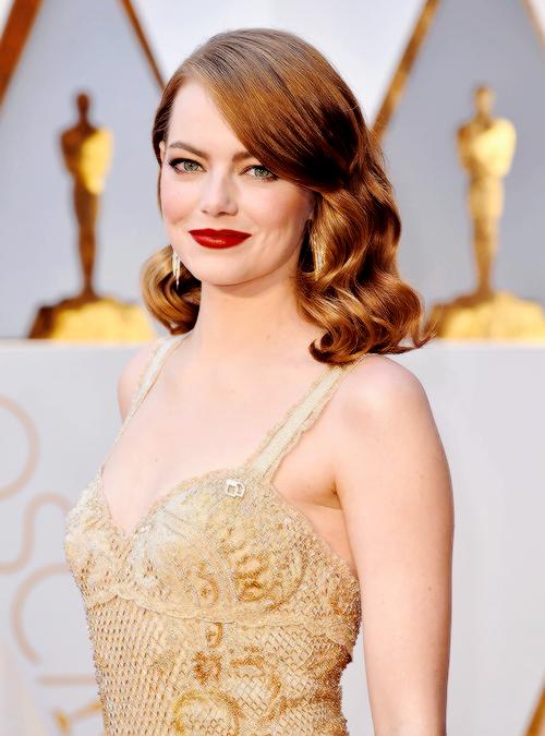 Đã thắng Oscar lại đẹp hết phần người khác, Emma Stone chính là nữ thần của đêm trao giải! - Ảnh 4.