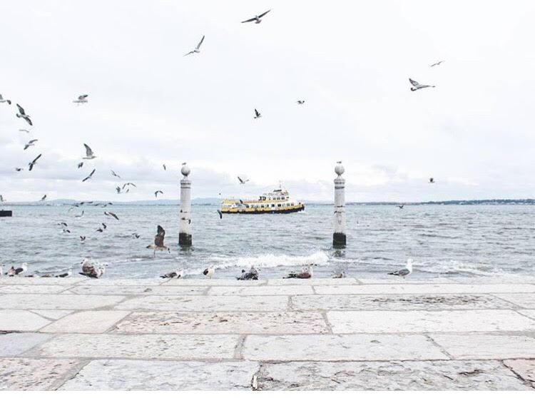 Du lịch: Hoá ra ở châu Âu vẫn còn một vùng đất đẹp lộng lẫy mà lại chẳng đắt đỏ tí nào