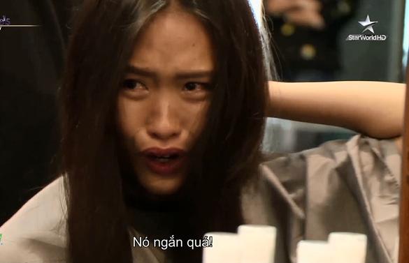 Cô gái gân cổ cãi tay đôi với Minh Tú tại Next Top châu Á là ai? - Ảnh 8.