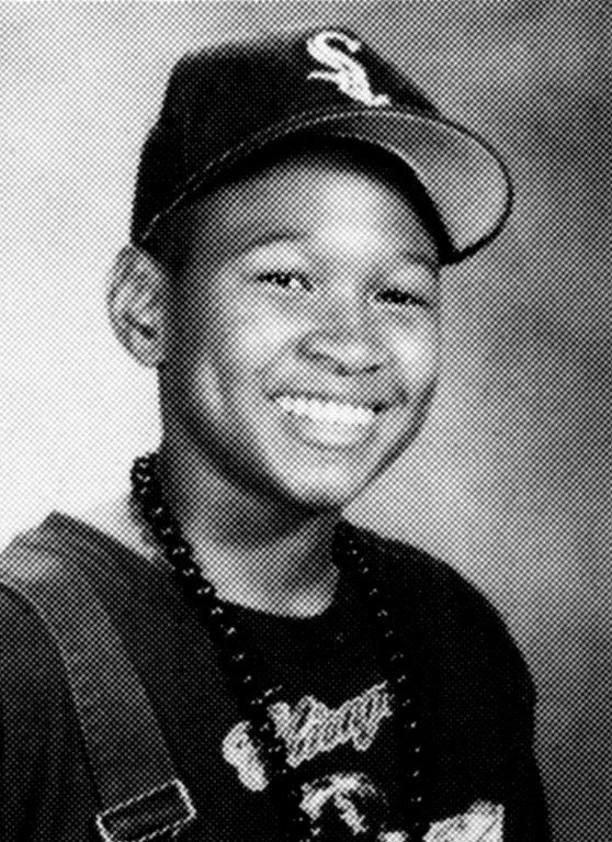 Usher với đôi má lúm đồng tiền từ khi còn là một cậu bé