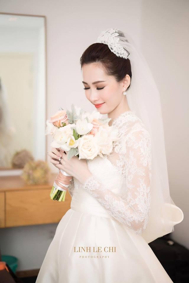 Điểm lại những đám cưới xa hoa, đình đám trong showbiz Việt khiến công chúng suýt xoa - Ảnh 4.
