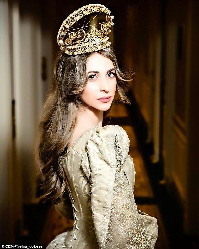 Chẳng ai như tiểu thư nước Nga, chi gần 230 tỷ đồng để mua váy cưới - Ảnh 8.
