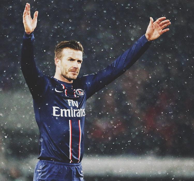 Ông bố 42 tuổi David Beckham: Tình yêu và yên bình mỗi sáng thức dậy là cái nắm tay của lũ trẻ nhỏ - Ảnh 6.