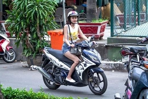 Sau sự hào nhoáng bên ngoài của showbiz, vẫn có những khoảnh khắc sao Việt giản dị đến khó tin! - Ảnh 12.