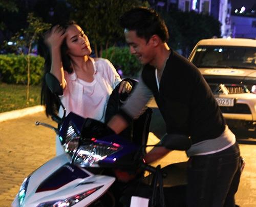 Sau sự hào nhoáng bên ngoài của showbiz, vẫn có những khoảnh khắc sao Việt giản dị đến khó tin! - Ảnh 9.