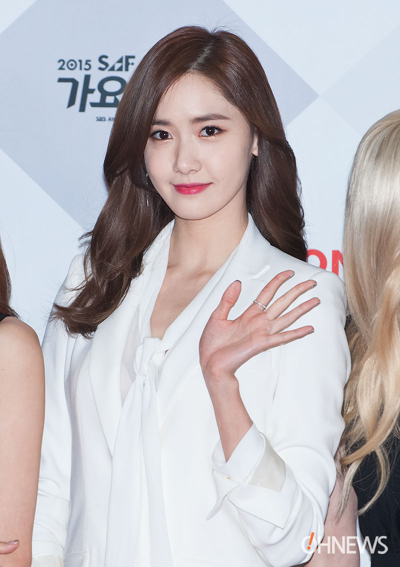 Yoona cắt tóc ngắn, tạm biệt mái tóc nữ thần 8 năm