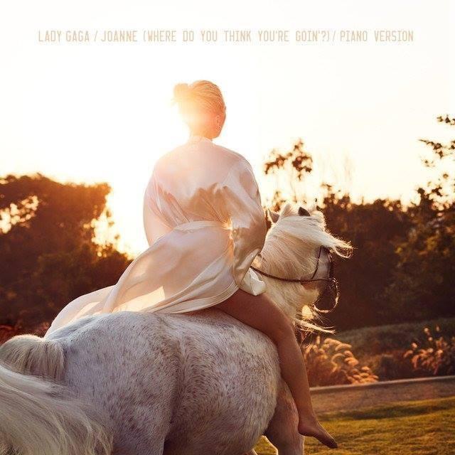 Có một câu chuyện buồn đằng sau MV mới của Lady Gaga - Ảnh 1.