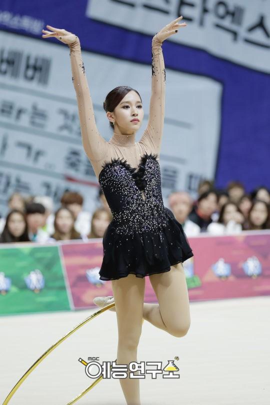 Đại hội thể thao idol: Nơi đưa loạt thần tượng vô danh lên hàng nam thần nữ thần, sàn đấu của mỹ nhân BIG3 - ảnh 24