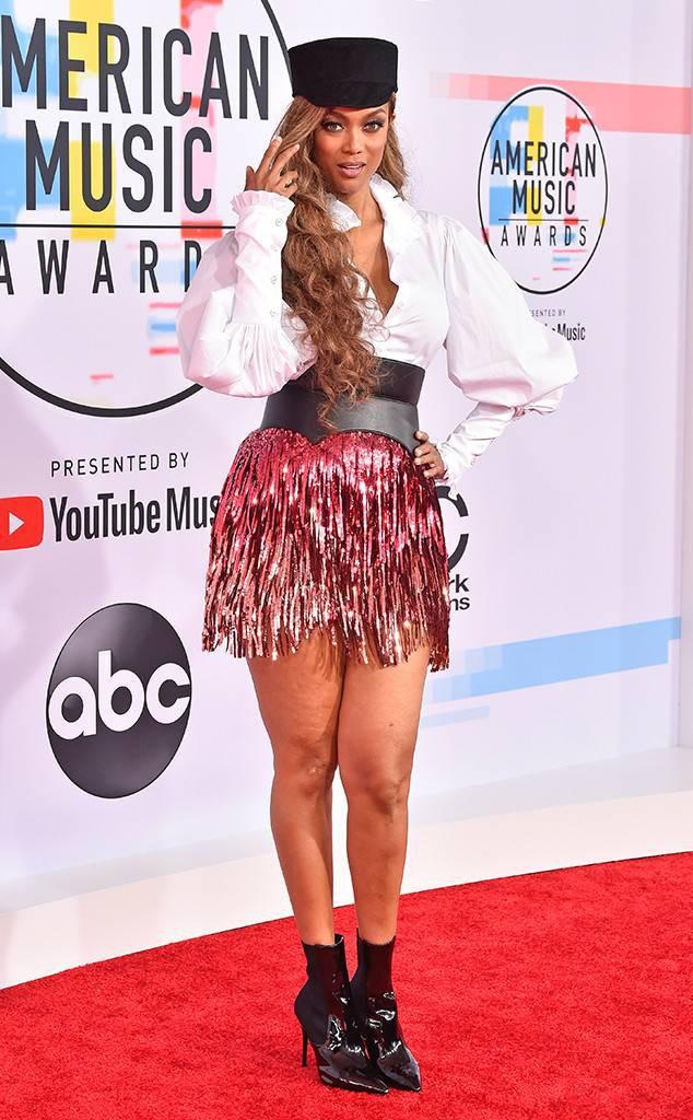 Dàn siêu sao đổ bộ thảm đỏ AMA 2018: Taylor Swift chói lóa cả sự kiện, nhiều đại diện Kpop cũng xuất hiện - Ảnh 25.