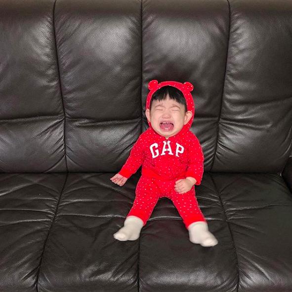 Biểu cảm khóc thét của nhóc tì Hàn Quốc đủ sức làm 1001 meme bi hài trong cuộc đời bạn! - ảnh 1