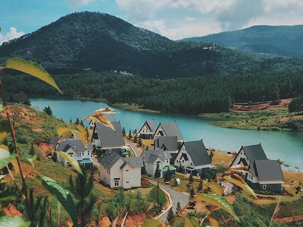 Đà Lạt vừa có ngôi làng thu nhỏ châu Âu mới cực hợp để ghé thăm mùa đông này! - ảnh 2
