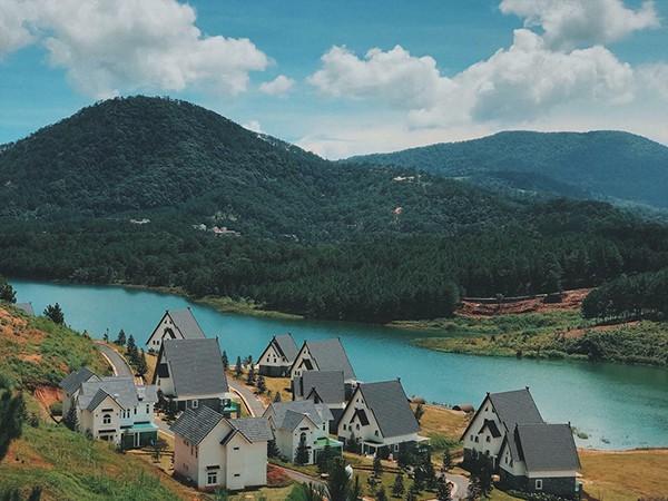 Đà Lạt vừa có ngôi làng thu nhỏ châu Âu mới cực hợp để ghé thăm mùa đông này! - ảnh 3
