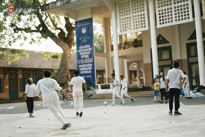 Ngôi trường lâu đời nhất Hà Nội - 110 năm qua vẫn vẹn nguyên vẻ đẹp yên bình, rêu phong và thách thức thời gian - Ảnh 32.