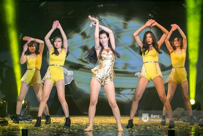 Gặp sự cố hy hữu nhưng vẫn giữ được thần thái xuất sắc, những sao Việt này được ngợi khen vì quá chuyên nghiệp - ảnh 8