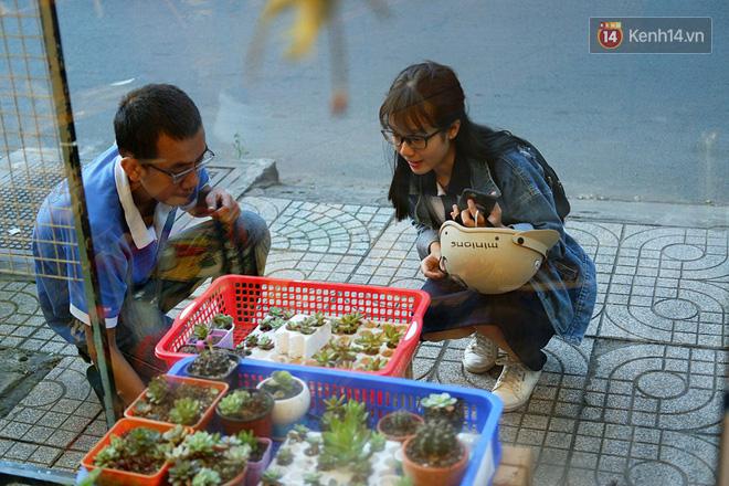 Chuyện về tiệm xương rồng ở Sài Gòn của chàng trai mồ côi, bị u não nhưng vẫn làm việc vì trẻ em ung thư: Càng lạc quan, càng sống khỏe! - Ảnh 6.