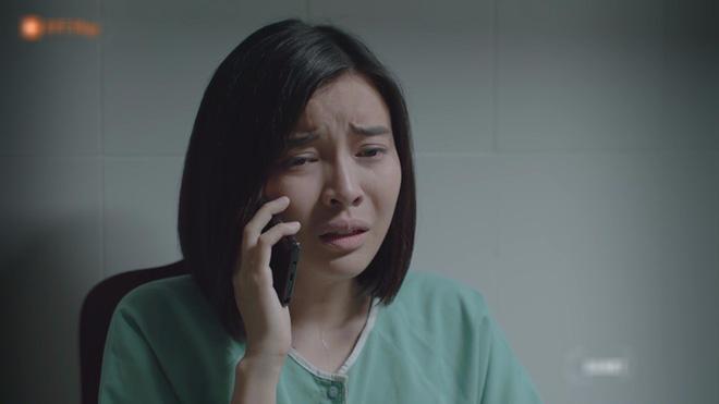 Hết hồn với sạn y học trong Hậu Duệ Mặt Trời bản Việt: Khả Ngân chơi liều, bỏ khẩu trang tiếp xúc với người bị bệnh dịch - ảnh 7