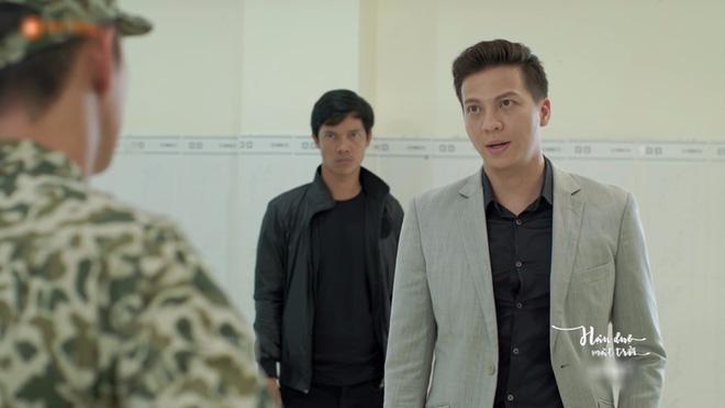 Hết hồn với sạn y học trong Hậu Duệ Mặt Trời bản Việt: Khả Ngân chơi liều, bỏ khẩu trang tiếp xúc với người bị bệnh dịch - ảnh 9