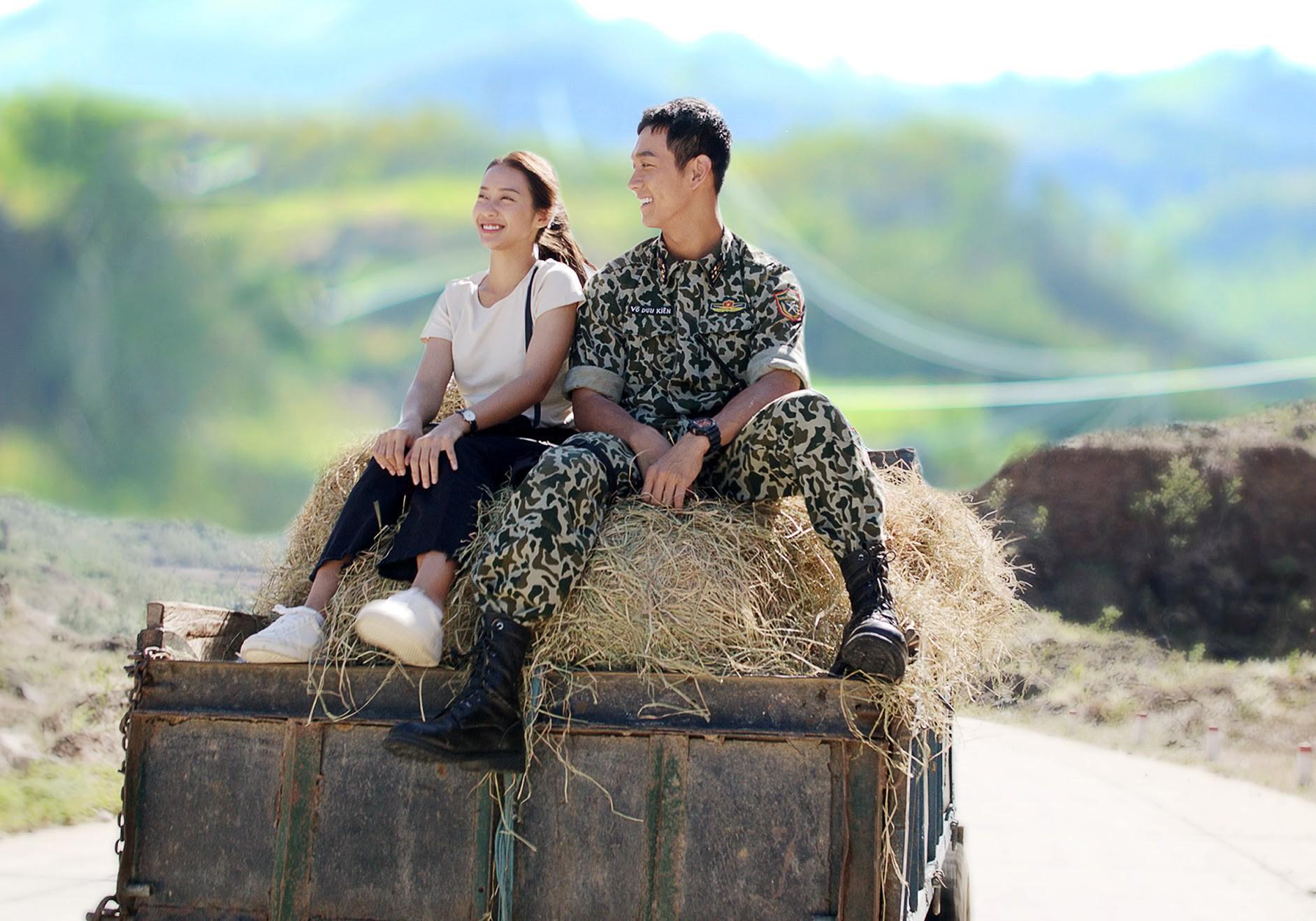 Hậu Duệ Mặt Trời bản Việt chinh phục khán giả bằng sự nỗ lực tuyệt vời của dàn diễn viên - Ảnh 3.