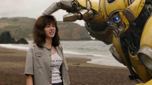 6 lý do bạn nên ra rạp để xem phim riêng của chú robot ong vàng Bumblebee - Ảnh 2.