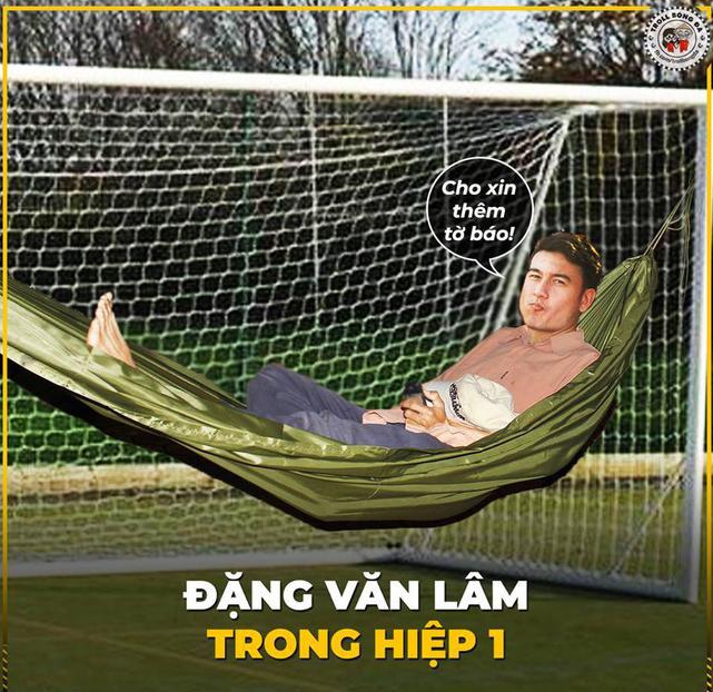 Ảnh chế AFF Cup: Dép tổ ong Việt Nam hơn đứt Tông Lào - Ảnh 3.