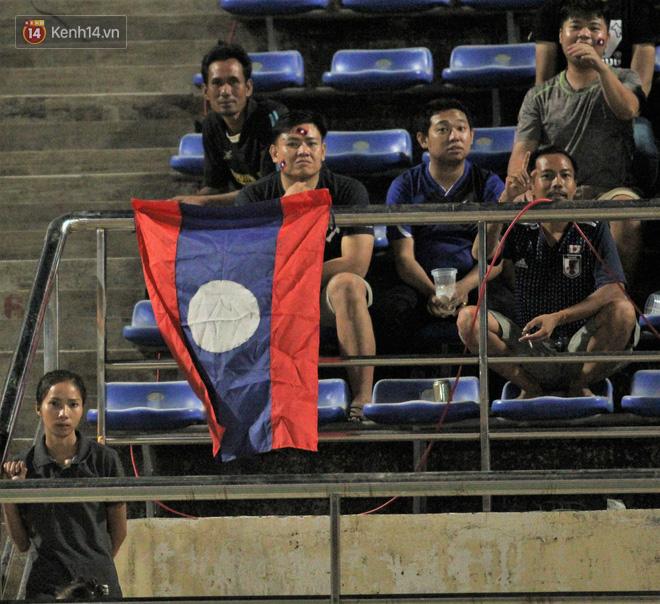 Đây mới là lý do khiến cầu thủ Lào chạnh lòng sau trận thua Việt Nam ở AFF Cup 2018 - Ảnh 11.