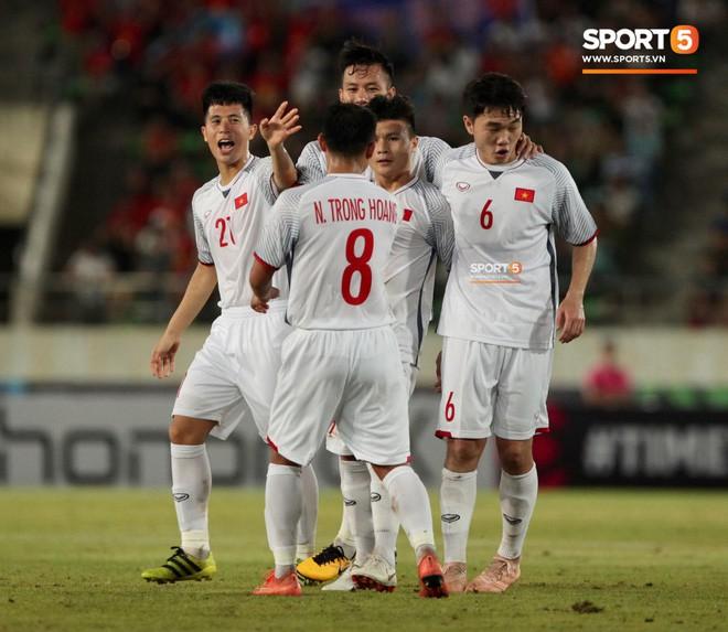 Nhà vô địch AFF Cup 2008: Nếu gặp đối thủ mạnh hơn Lào, Công Phượng sẽ phải dự bị - Ảnh 3.