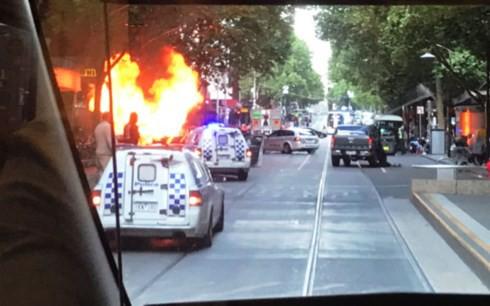 Tấn công bằng dao tại Melbourne, 1 người chết, 2 người bị thương - ảnh 1