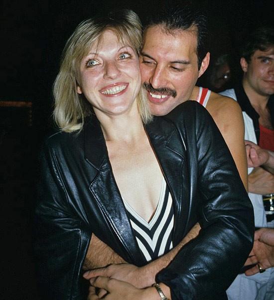 Câu chuyện về huyền thoại Freddie Mercury cùng người phụ nữ duy nhất mà ông yêu trong suốt cuộc đời - ảnh 6
