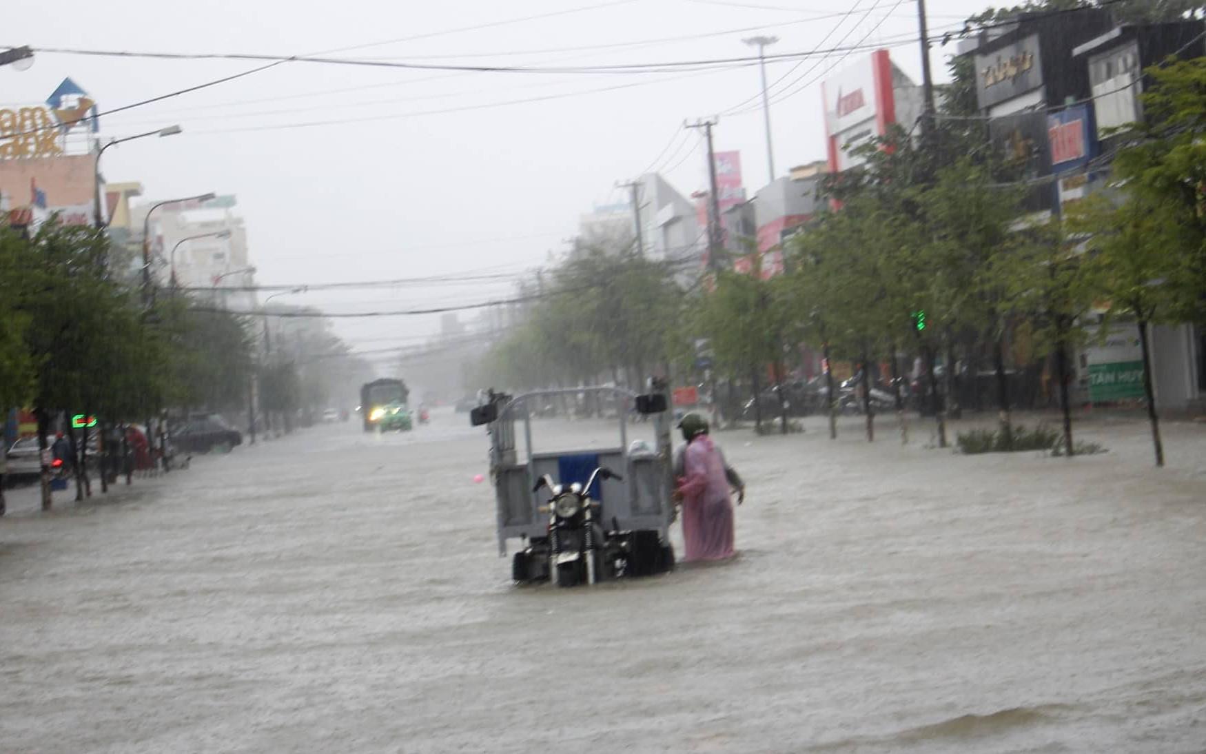 Quảng Nam: Mưa lớn, một người đàn ông bị nước cuốn mất tích