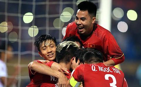 Đội tuyển Việt Nam sẽ được đi máy bay hiện đại nhất thế giới về Hà Nội đá chung kết lượt về AFF Cup 2018