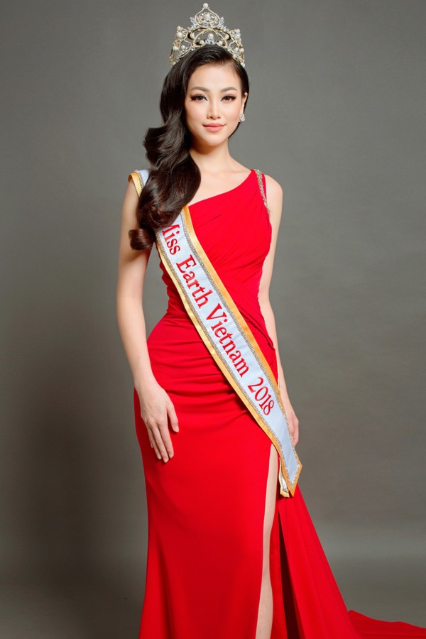Clip: Hoa hậu Trái đất Phương Khánh bật khóc khẳng định không mua giải, ấm ức khi bị tố ăn cháo đá bát - ảnh 1