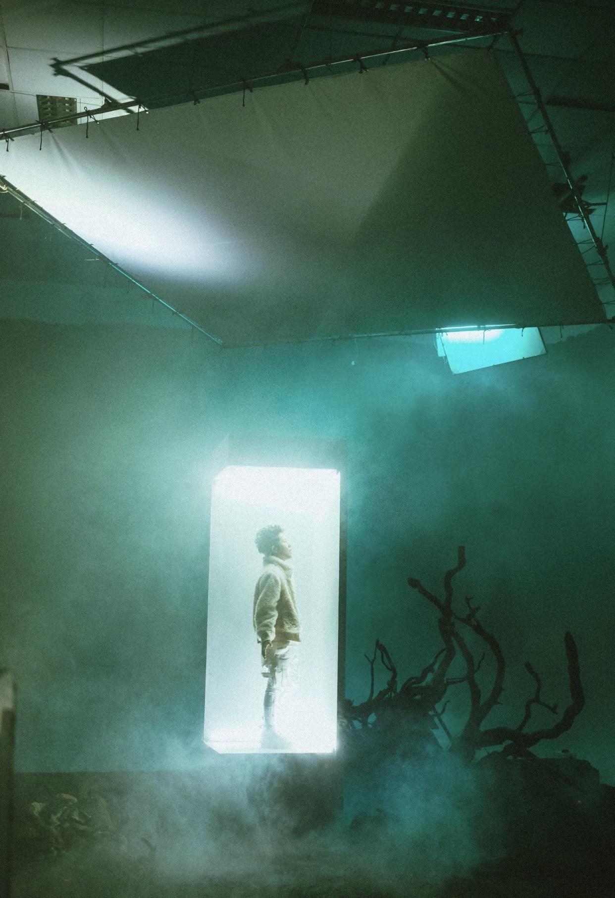 """""""Em không thể"""": Sự kết hợp ấn tượng với """"phù thuỷ"""" Touliver làm nên phát pháo dọn đường cho album mới - Ảnh 4."""