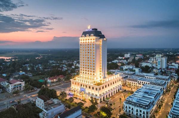 Không gian chuẩn mùa lễ hội của Vinpearl Hotels: Góc nào cũng lung linh, đã vậy còn được thưởng thức bữa tối với view ngàn sao! - ảnh 20