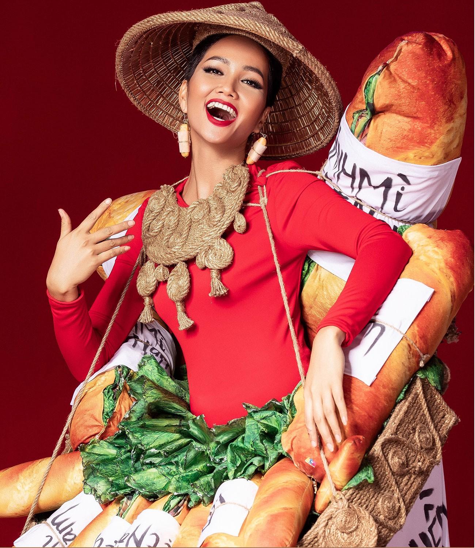 H'Hen Niê: Chưa cần chạm tới vương miện Miss Universe, bạn đã là Hoa hậu của hàng triệu khán giả Việt - Ảnh 7.