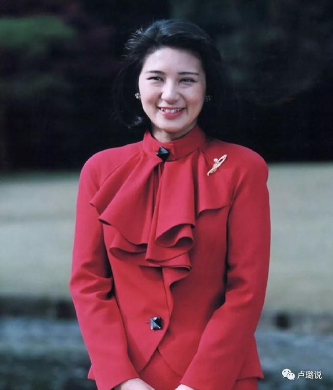 Công nương xinh đẹp Masako của Hoàng gia Nhật Bản: Nỗi sầu của con chim quý bị nhốt chặt trong lồng son - ảnh 3